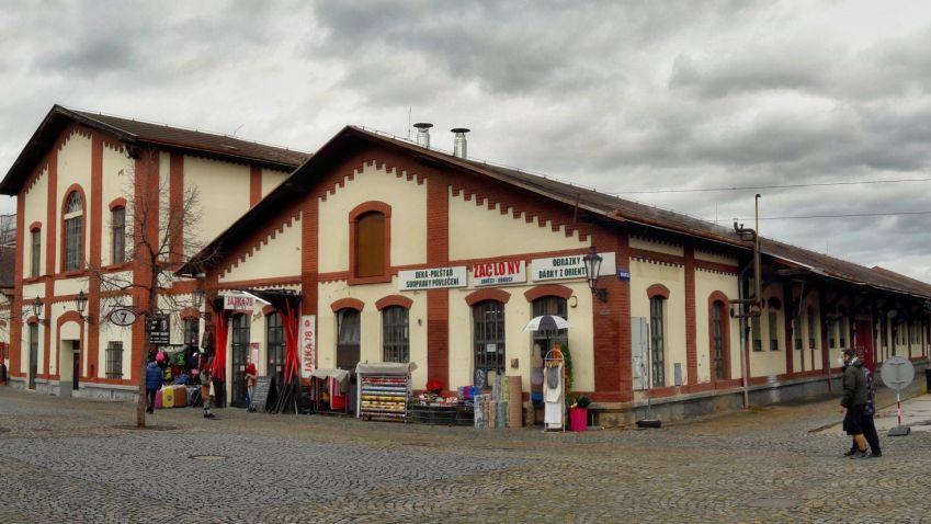 Rekonstrukce Holešovické tržnice pokročila. Praha má k dispozici projekty na revitalizaci objektů