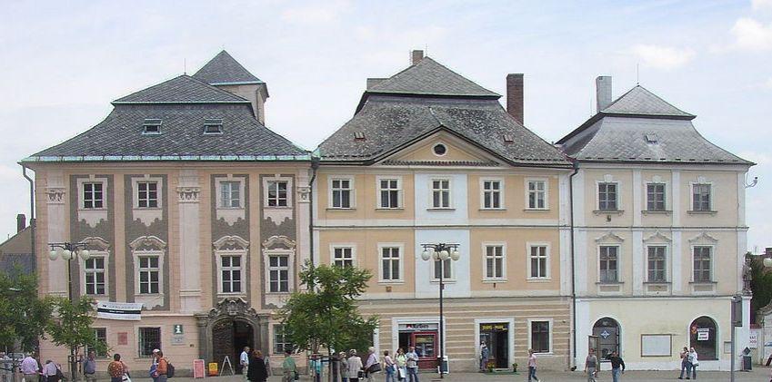 Rekonstrukce Sankturinovského domu v Kutné Hoře se prodraží