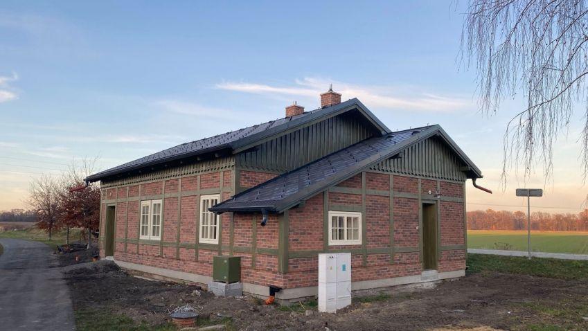 Rekonstrukce staré nádražní budovy v obci Úvalno v Moravskoslezském kraji