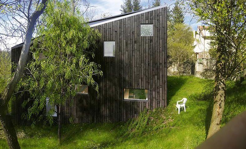 Rodinný domek v Zadní Třebáni zaujme tvarem i fasádou