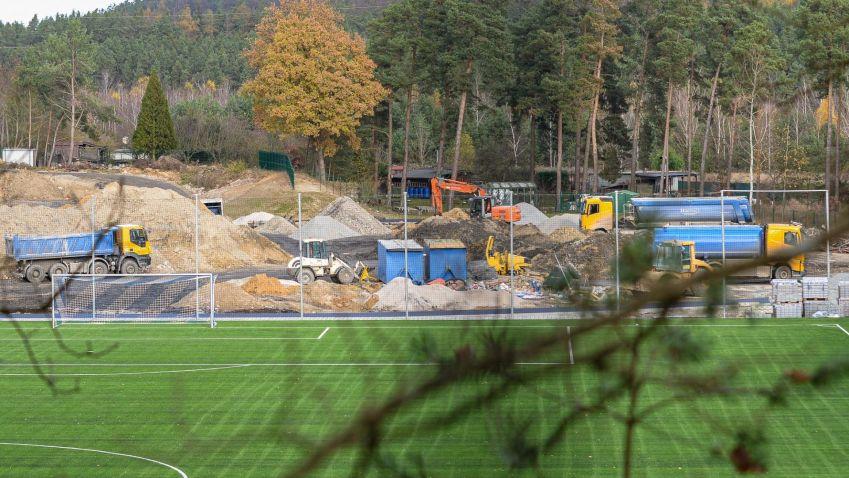 Rozsáhlá rekonstrukce plzeňského sportovního areálu pokračuje, první etapa bude dokončena na jaře