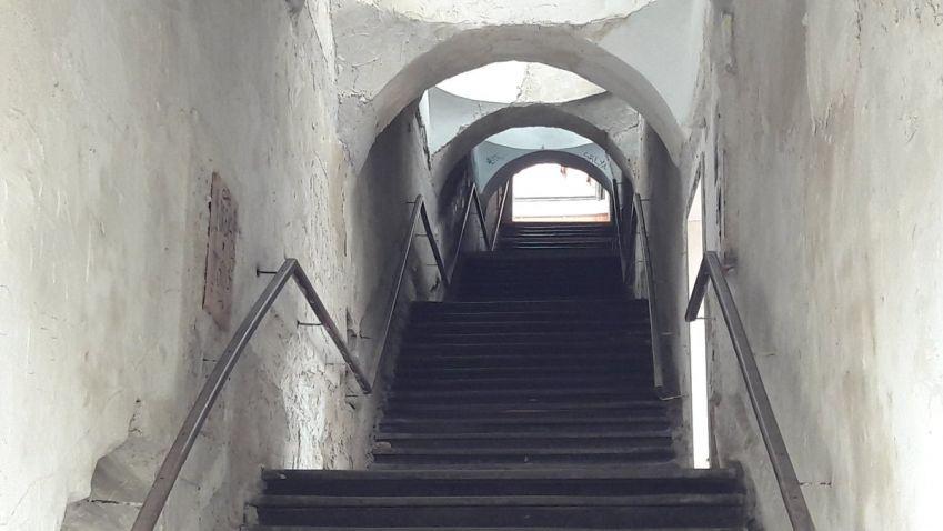Schodiště Bono publico v Hradci Králové je uzavřeno