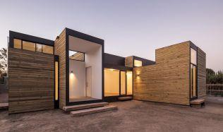 SIP M3 House near Santiago de Chile by HSU·Rudolphy Arquitectos