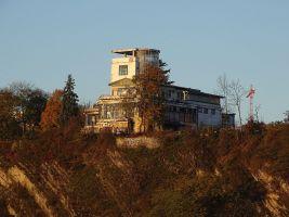 zdroj Wikimedia commons/ ŠJů Popisek: Barrandovské terasy s charakteristickou věží