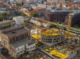 zdroj etrend.sk/ Penta Real Estate Popisek: Stavba projektu Sky Park