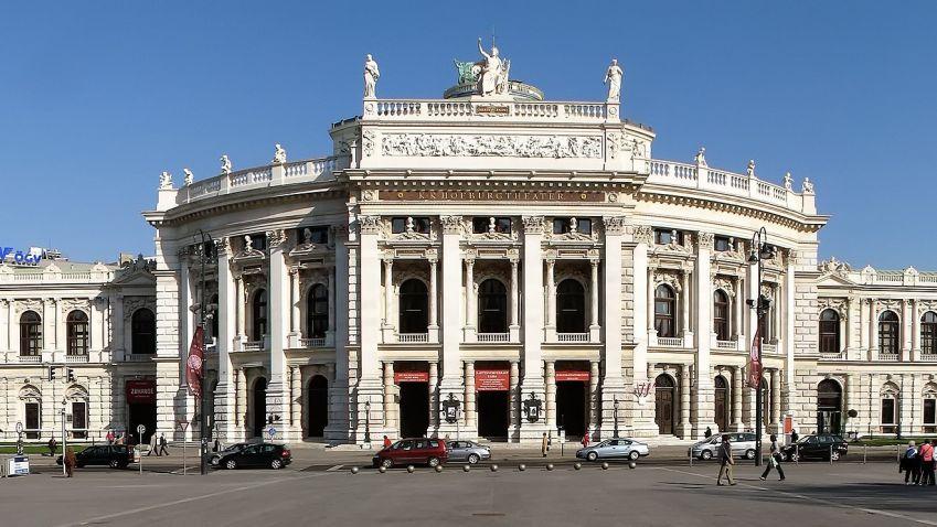 Slavný vídeňský Burgtheater oslavil sto třicet let