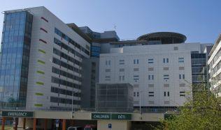 """""""Snažíme se, aby naše nemocnice byla po všech směrech dobrá,"""" říkají architekti z Domy architects Michal Juha a Jan Topinka"""