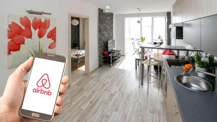 Současná situace neodpovídá původní myšlence sdílené ekonomiky, myslí si primátor Prahy o službách typu Airbnb