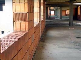 zdroj Youtube/ Popisek: Sportovně-relaxační komplex v Šamoríně