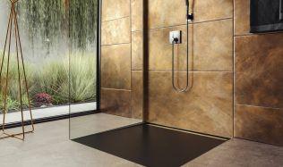 Sprchové vaničky mohou být i v úrovni podlahy