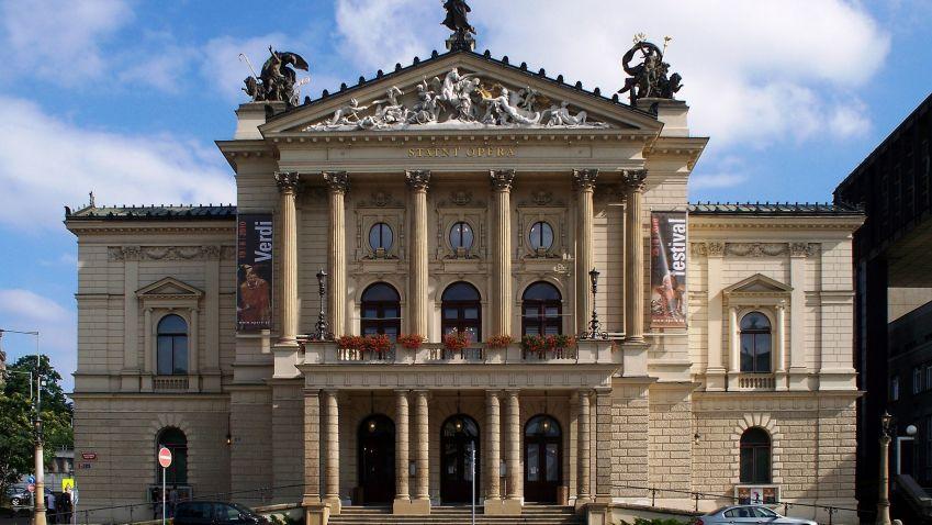 Státní opera Praha je opravená. Veřejnosti se otevře příští rok v lednu