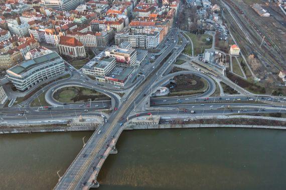 Stavba špičkového koncertního sálu Vltavské filharmonie v pražských Holešovicích získává reálné obrysy