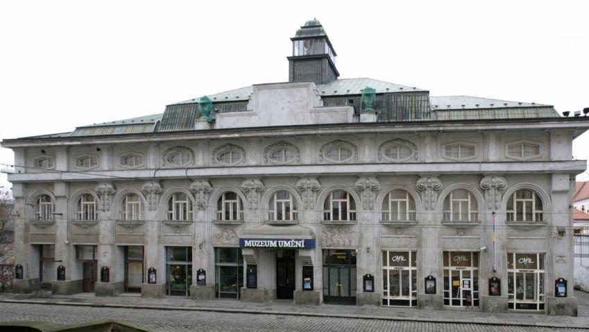 Studovali ve Švýcarsku, pracovali pro světoznámé architekty. Ve středu se představí v Olomouci