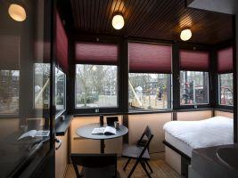 zdroj lonelyplanet.com Popisek: Theophile de Bock bridge house