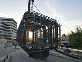Trigema Popisek: Cyberdog, foto ze stavby
