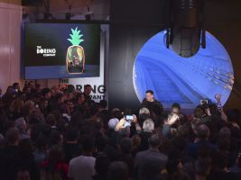 Reuters Popisek: Elon Musk představil novinku