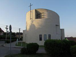 zdroj turistika.cz Popisek: Hlavní cena, Kostel svatého Václava v Sazovicích