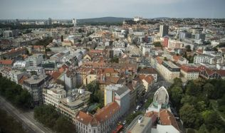 U vlastního bydlení Slováci počítají s uspořenou hotovostí