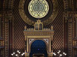 zdroj Wikimedia commons/ Uoaei1 Popisek: Interiér Španělské synagogy