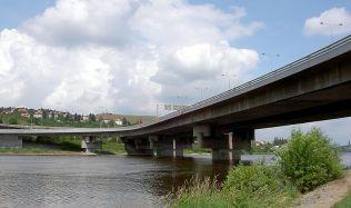 Praha zúží počet uchazečů o výstavbu Dvoreckého mostu