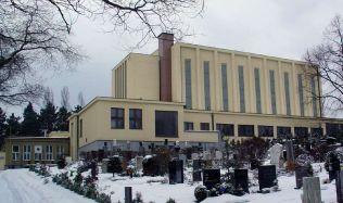 Věčně spát v kořenech stromů, u Karlových Varů vznikne netradiční krematorium