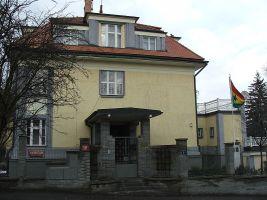 zdroj Wikimedia commons/ Krokodyl Popisek: Vila Kraus v Bubenči