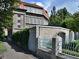 zdroj Wikimedia commons/ Ondřej Antoš Popisek: Sequensova vila v Praze