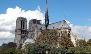 Vyhořelá francouzská památka ještě není připravena na rekonstrukci, tvrdí architekt