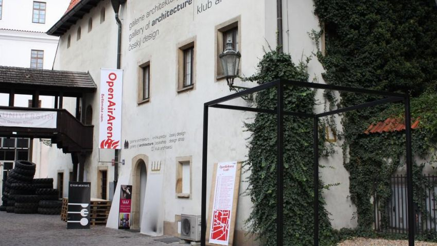 Galerie Jaroslava Fragnera pořádá výstavu Za pravdu… Připomene polistopadové události a téměř 650. let od narození mistra Jana Husa