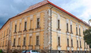 Vznikne z vojenského špitálu v Josefově sanatorium?
