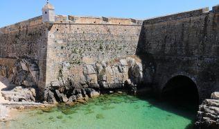 Z portugalské věznice pro politické odpůrce je muzeum.  Upozorňuje na nebezpečí rostoucího extremismu