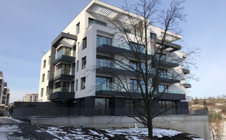 Zelené město na Praze 9 vytvořilo unikátní bydlení zasazené do přírody