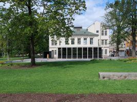 Přístavba k bývalé škole ve Zlíně, mudrik architects